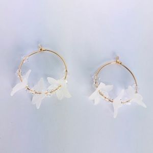 New! White Flower Beaded Hoop Earrings Gold
